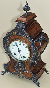 French style bracket clock in walnut, late 19th century, German movement by Lenzkirk